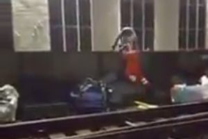 Watch This  Selfless Act Of Bravery By Railway Workers  Last Night