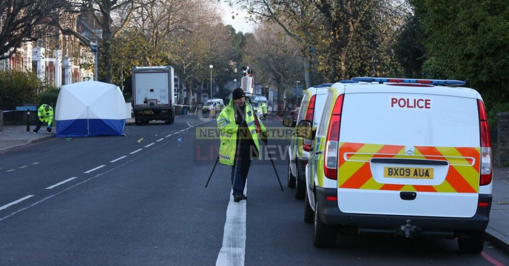 Police Appeal  After Man Found Dead  In Early Hours Of The Morning In  Middle Of The Road In Lewisham