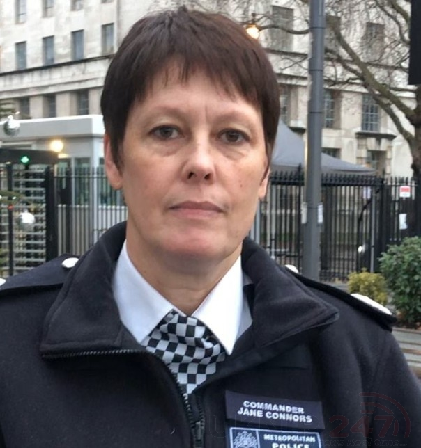 Police Say Three London Murders Are Not Linked In  Lower Clapton, Deptford And Knightsbridge.