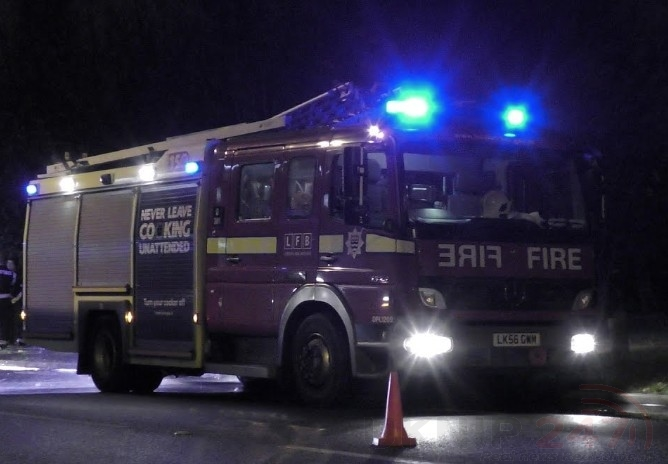 Fire Crews Called To Heathrow Airport  After Flames  Seen On  Aircraft's Auxiliary Power Unit