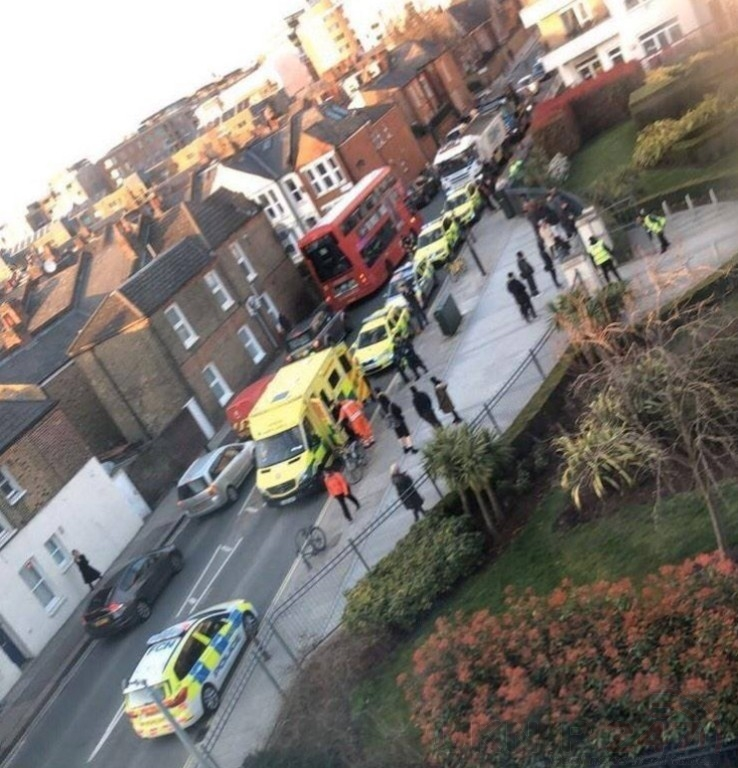 Teenager Found With Stab Wounds After  Stabbing In Fulham One Arrested